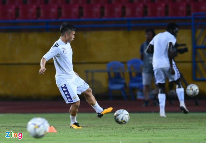 Quang Hai lap cu dup, CLB Ha Noi thang Altyn Asyr 3-2 tai AFC Cup hinh anh 15