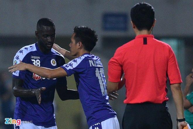 Quang Hai lap cu dup, CLB Ha Noi thang Altyn Asyr 3-2 tai AFC Cup hinh anh 21