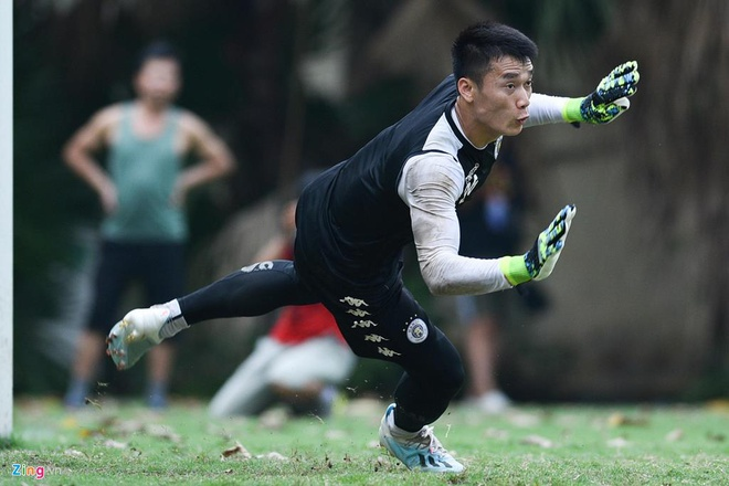 Quang Hai lap cu dup, CLB Ha Noi thang Altyn Asyr 3-2 tai AFC Cup hinh anh 6