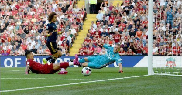 Salah lap cu dup giup Liverpool thang cach biet Arsenal hinh anh 15
