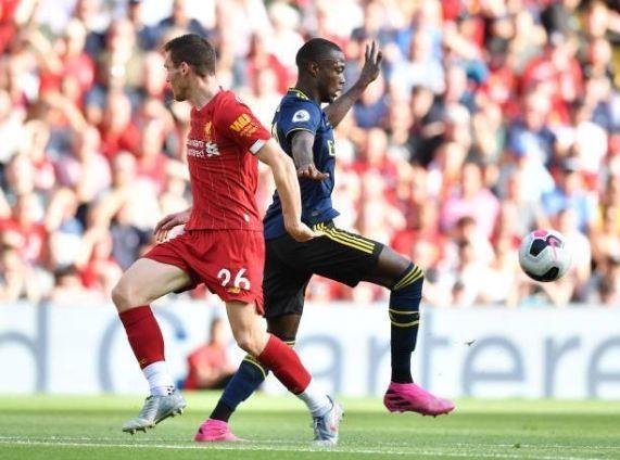 Salah lap cu dup giup Liverpool thang cach biet Arsenal hinh anh 17