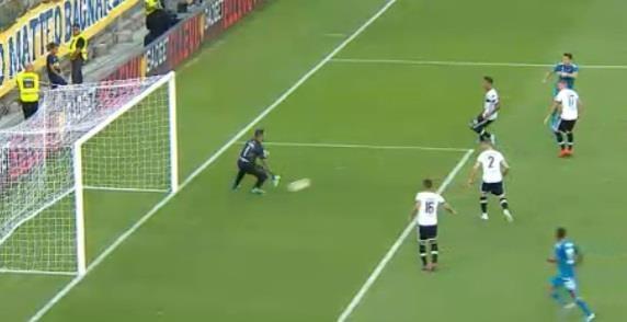VAR lam hong tran mo man Serie A 2019/20 cua Ronaldo hinh anh 9