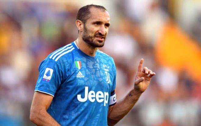 VAR lam hong tran mo man Serie A 2019/20 cua Ronaldo hinh anh 8