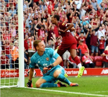 Salah lap cu dup giup Liverpool thang cach biet Arsenal hinh anh 21