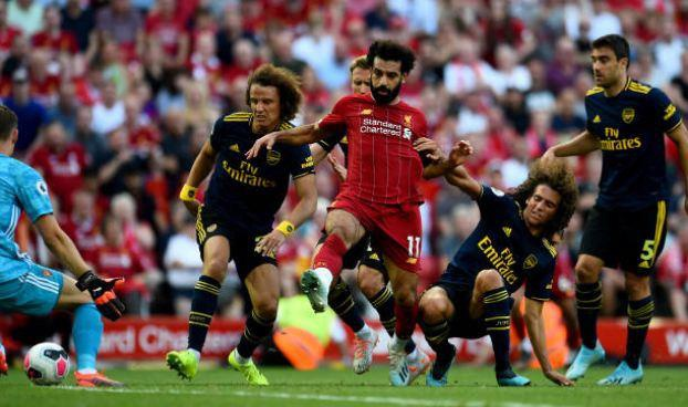 Salah lap cu dup giup Liverpool thang cach biet Arsenal hinh anh 28
