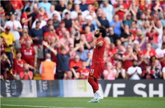 Salah lap cu dup giup Liverpool thang cach biet Arsenal hinh anh 30