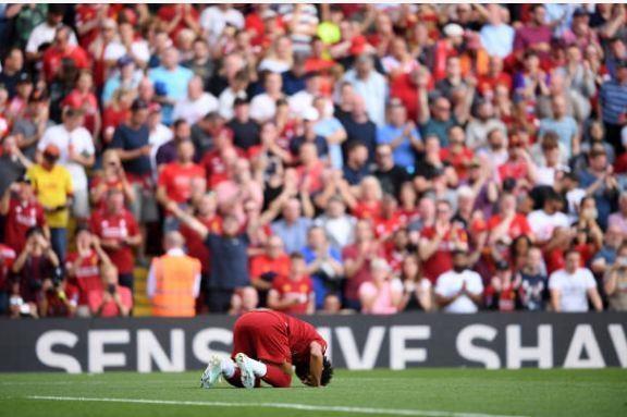 Salah lap cu dup giup Liverpool thang cach biet Arsenal hinh anh 31