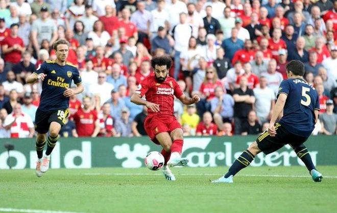 Salah lap cu dup giup Liverpool thang cach biet Arsenal hinh anh 33