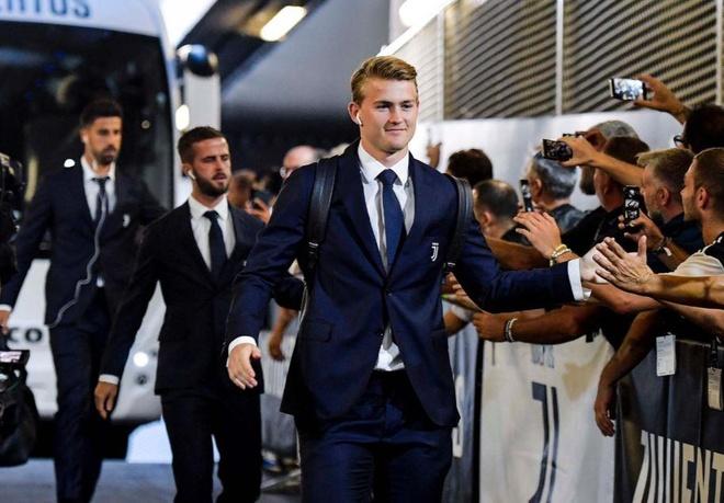 Ronaldo lap cong, Juventus ha Napoli o tran cau co 7 ban thang hinh anh 9