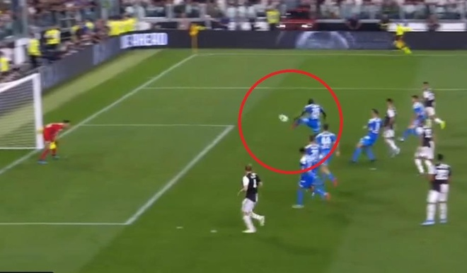 Ronaldo lap cong, Juventus ha Napoli o tran cau co 7 ban thang hinh anh 26