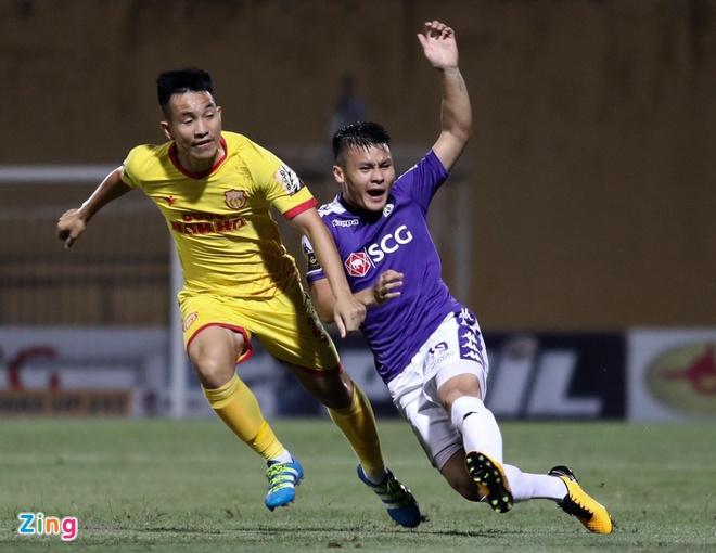 CLB Ha Noi 6-1 Nam Dinh: Van Quyet tham gia vao 5 ban thang hinh anh 14