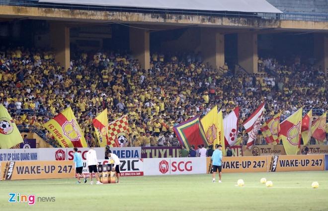 CLB Ha Noi 6-1 Nam Dinh: Van Quyet tham gia vao 5 ban thang hinh anh 9