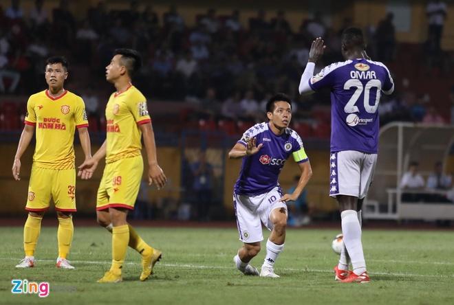 CLB Ha Noi 6-1 Nam Dinh: Van Quyet tham gia vao 5 ban thang hinh anh 10