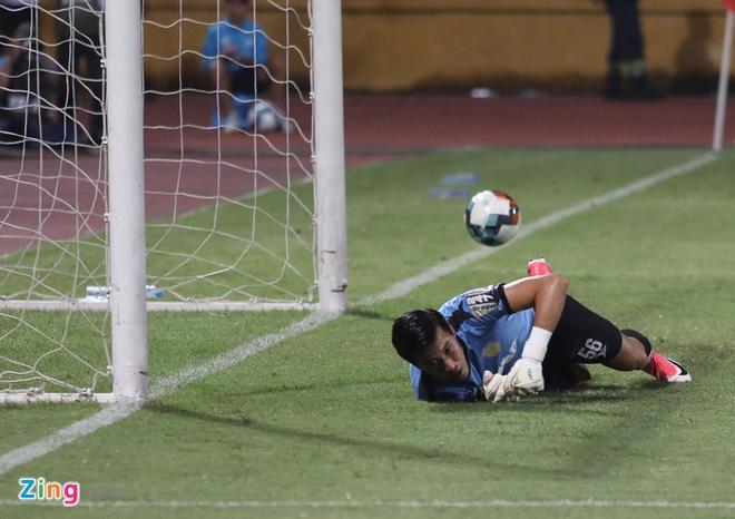 CLB Ha Noi 6-1 Nam Dinh: Van Quyet tham gia vao 5 ban thang hinh anh 11