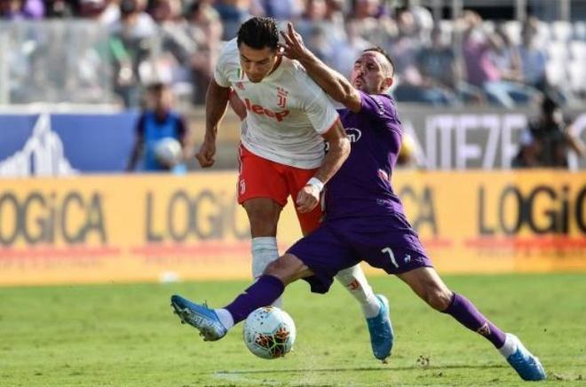 Ronaldo choi that vong trong ngay Juventus mat diem hinh anh 16