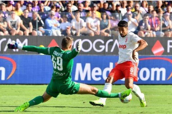 Ronaldo choi that vong trong ngay Juventus mat diem hinh anh 17