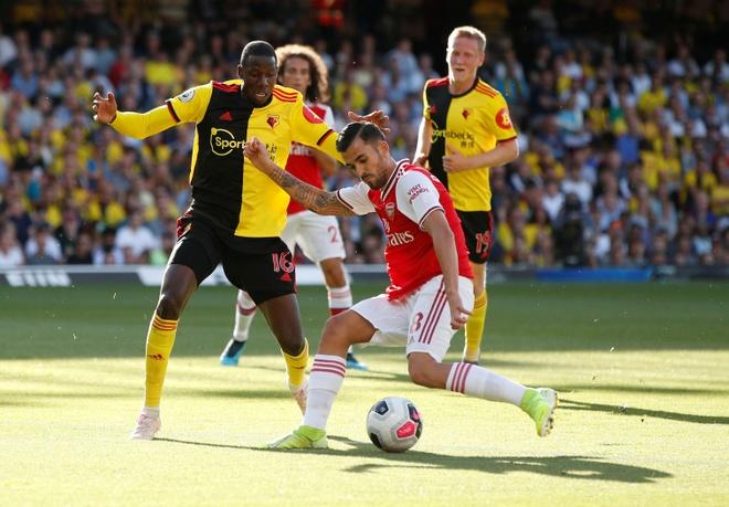 David Luiz sai lam khien Arsenal mat diem truoc Watford hinh anh 9