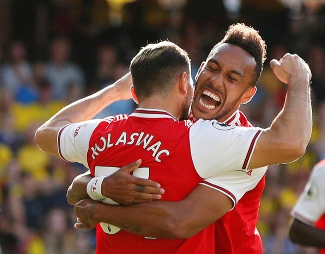 David Luiz sai lam khien Arsenal mat diem truoc Watford hinh anh 11