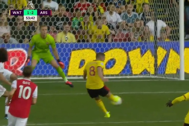 David Luiz sai lam khien Arsenal mat diem truoc Watford hinh anh 17