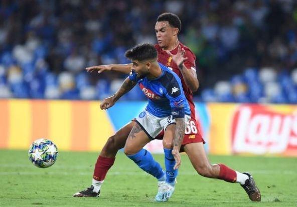 Van Dijk mac sai lam, Liverpool thua trang Napoli 0-2 hinh anh 17