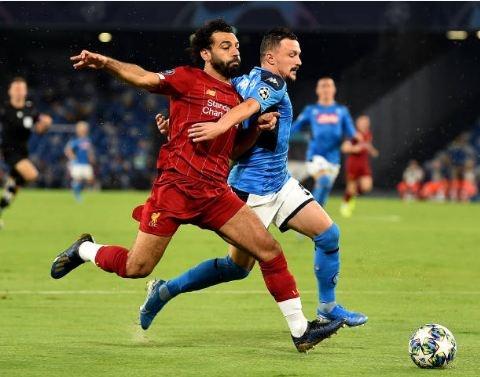 Van Dijk mac sai lam, Liverpool thua trang Napoli 0-2 hinh anh 19