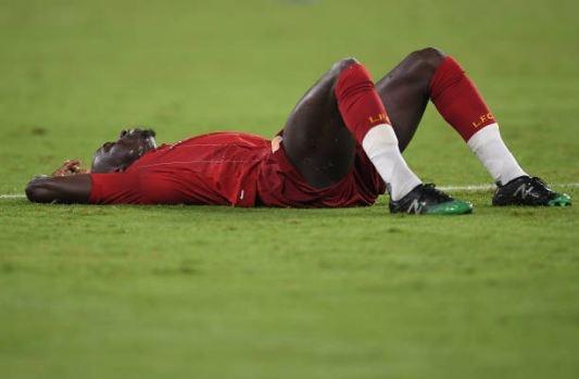 Van Dijk mac sai lam, Liverpool thua trang Napoli 0-2 hinh anh 20