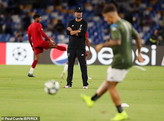 Van Dijk mac sai lam, Liverpool thua trang Napoli 0-2 hinh anh 10