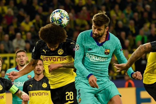 Reus da hong phat den khien Dortmund chia diem voi Barca hinh anh 12