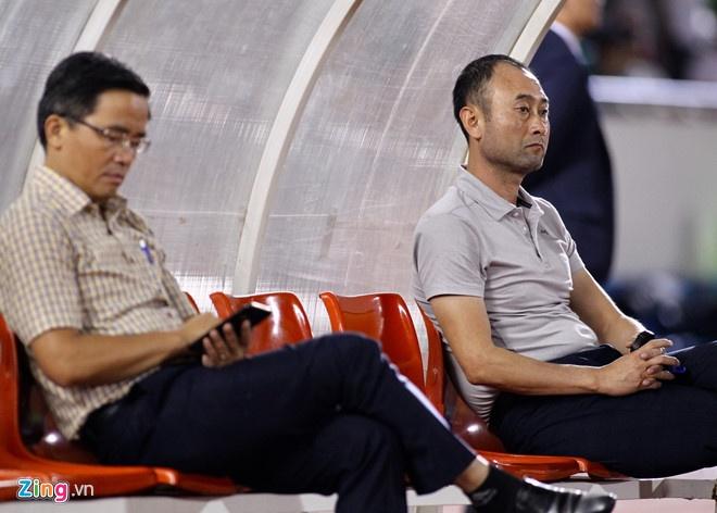 Minh Vuong lap hat-trick giup HAGL thang 5-1 hinh anh 5