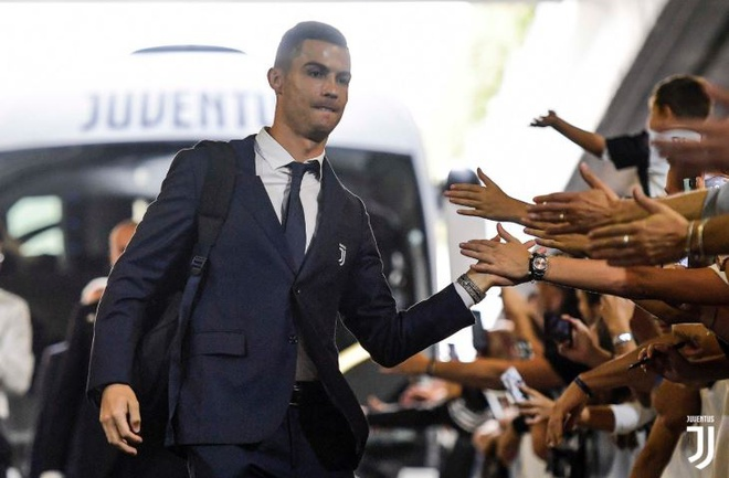 Ronaldo ghi ban va kien tao giup Juventus gianh 3 diem hinh anh 5