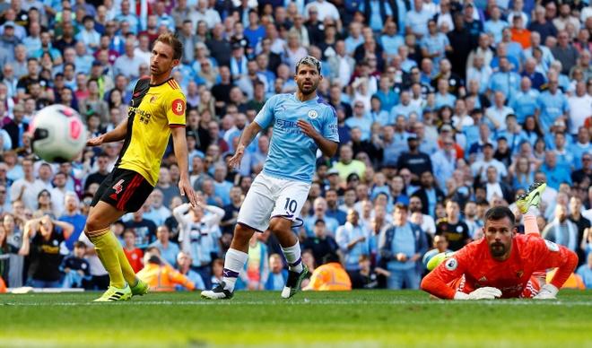 Man City vui dap Watford 8-0 hinh anh 13