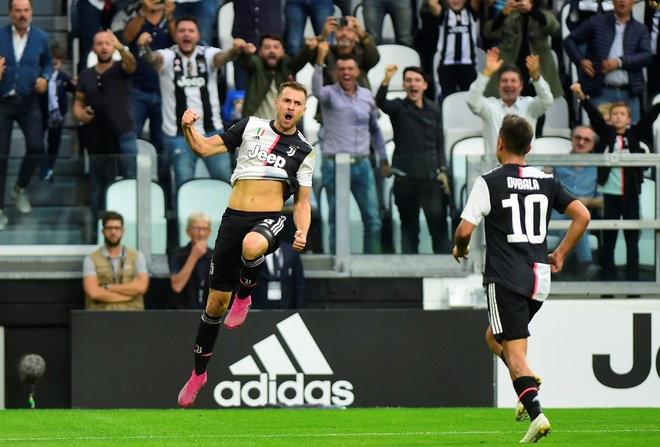 Ronaldo ghi ban va kien tao giup Juventus gianh 3 diem hinh anh 13