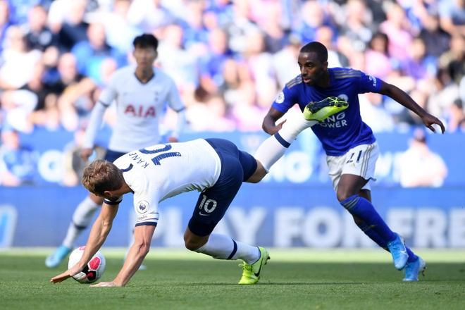 Son Heung-min vo duyen, Tottenham thua nguoc truoc Leicester hinh anh 27
