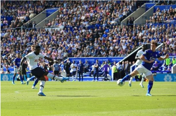 Son Heung-min vo duyen, Tottenham thua nguoc truoc Leicester hinh anh 37