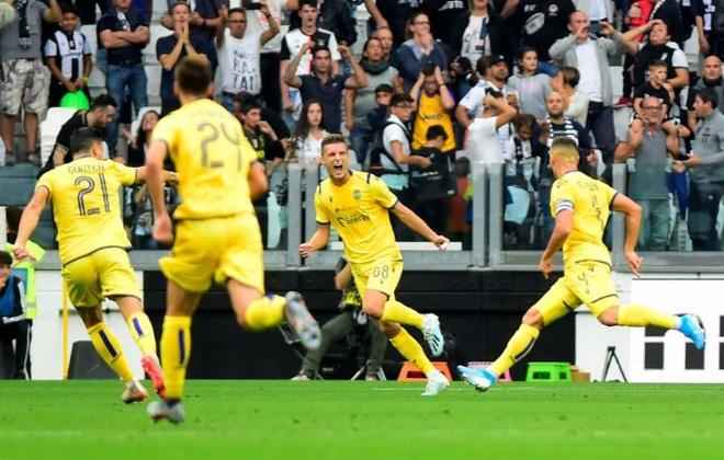Ronaldo ghi ban va kien tao giup Juventus gianh 3 diem hinh anh 11