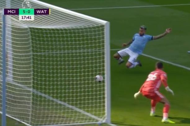 Man City vui dap Watford 8-0 hinh anh 12