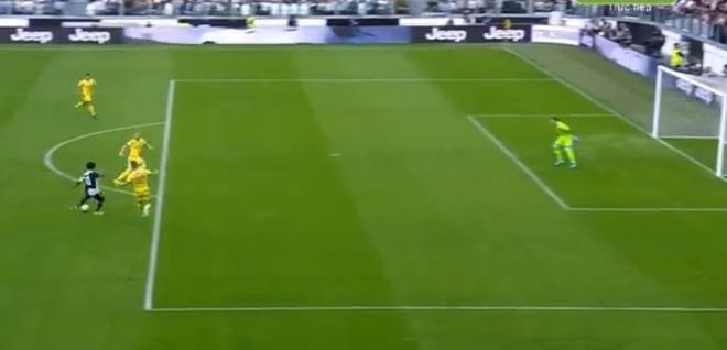 Ronaldo ghi ban va kien tao giup Juventus gianh 3 diem hinh anh 8