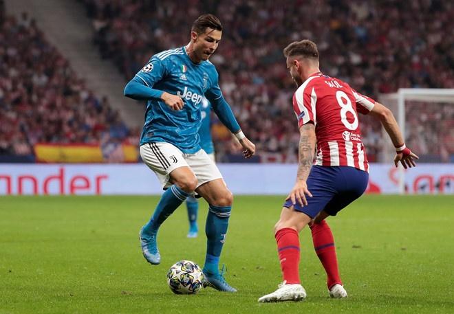 Ronaldo ghi ban va kien tao giup Juventus gianh 3 diem hinh anh 3