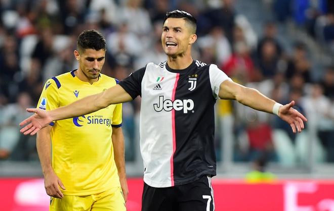 Ronaldo ghi ban va kien tao giup Juventus gianh 3 diem hinh anh 15