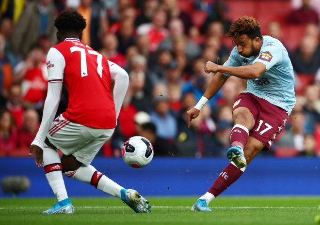 Arsenal nguoc dong ha Aston Villa voi 10 nguoi hinh anh 7