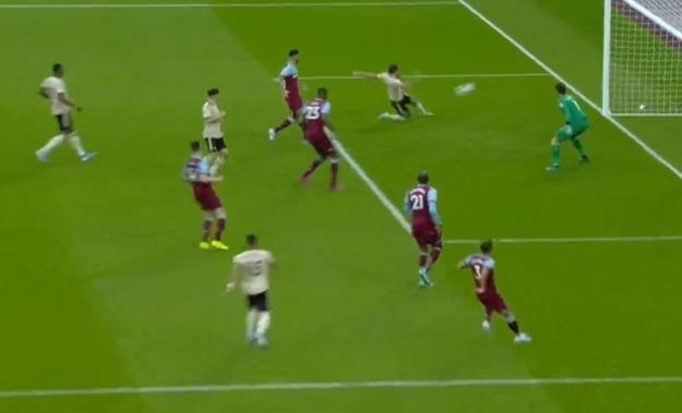 MU thua bac nhuoc tren san West Ham hinh anh 18