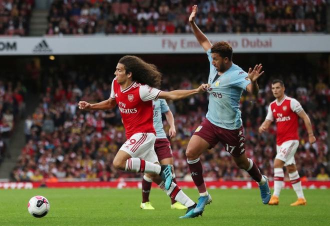 Arsenal nguoc dong ha Aston Villa voi 10 nguoi hinh anh 15