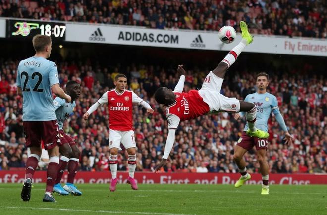 Arsenal nguoc dong ha Aston Villa voi 10 nguoi hinh anh 16