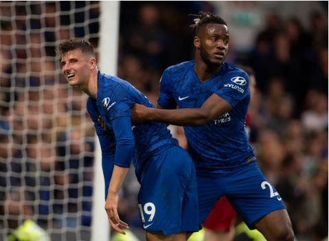 Danh bai Chelsea, Liverpool duy tri mach toan thang hinh anh 41