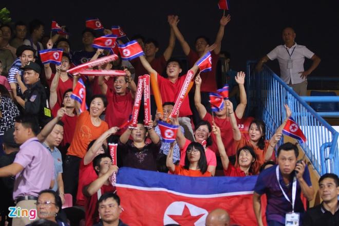 CLB Ha Noi bi cam hoa 2-2 o chung ket lien khu vuc AFC Cup hinh anh 12