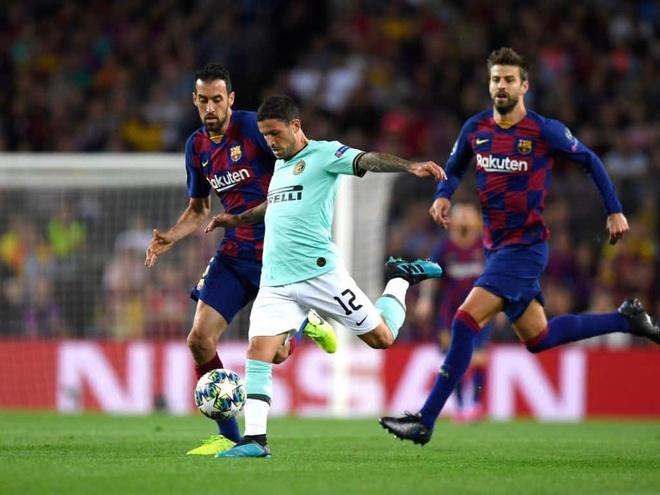 Messi vang mat trong doi hinh tieu bieu cup chau Au hinh anh 5