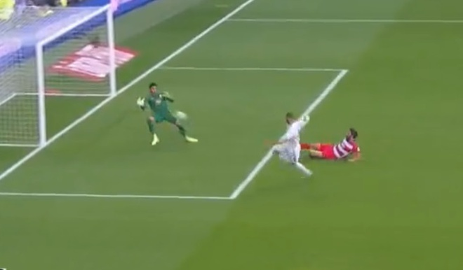Hazard ghi ban giup Real giu vung ngoi dau La Liga hinh anh 20
