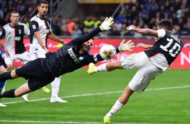 Ronaldo khong gap may trong ngay Juventus thang Inter 2-1 hinh anh 22