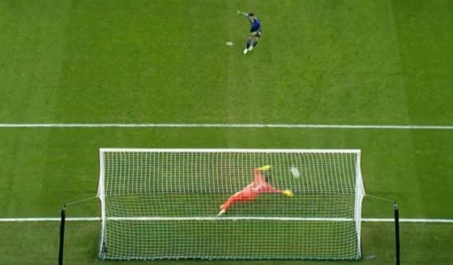 Ronaldo khong gap may trong ngay Juventus thang Inter 2-1 hinh anh 17