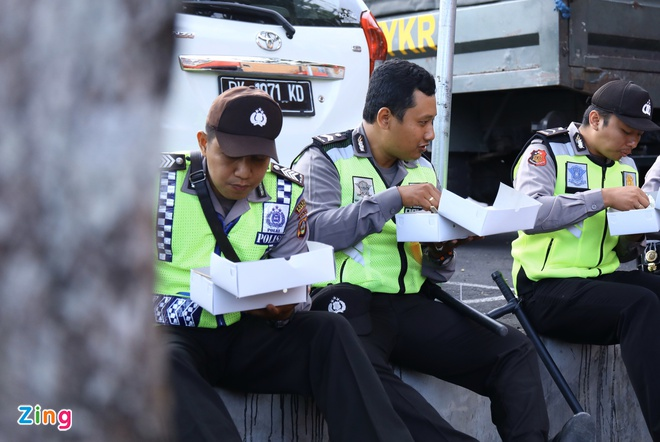 Viet Nam len nhi bang sau tran thang Indonesia hinh anh 16
